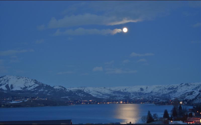 Blue moon chelan wa